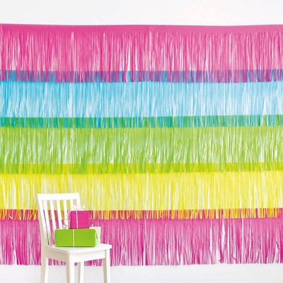 Neon Fringe Wall Décor Pink