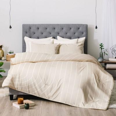 Colour Poems Minimal Line Curvature Comforter Set
