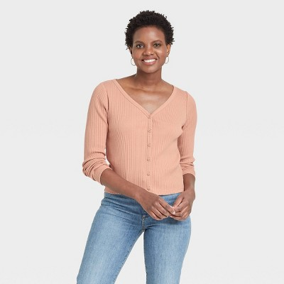 Women's Long Sleeve V-Neck Button-Front T-Shirt - Universal Thread™