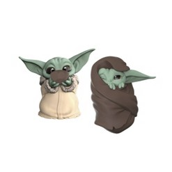 Star Wars The Bounty Collection The Child Collectible Toys Sipping Soup, Blanket-Wrapped Figure 2-Pack