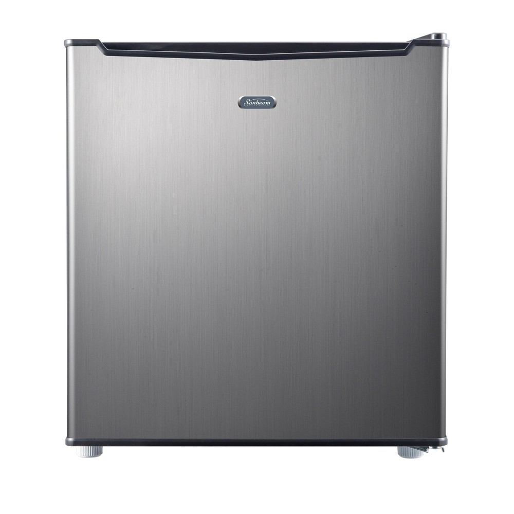 Sunbeam 1.7 cu ft Mini Refrigerator - Silver SGR17MS1E Keep your drinks and perishable items cool and fresh with this stylish 1.7 cubic foot Sunbeam mini refrigerator. This unit is perfect for a college dorm, home office or any other small compact space. This refrigerator includes manual defrost, a recessed handle, 2 wire shelves and a 4 can dispenser. This unit also includes a one year limited warranty.