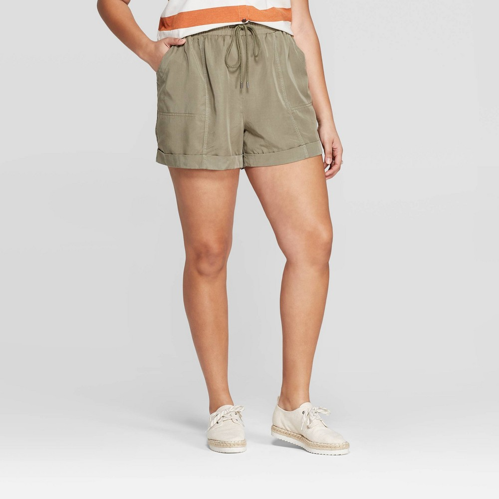 Women's Plus Size Mid-Rise Utility Shorts - Universal Thread Olive (Green) 4X
