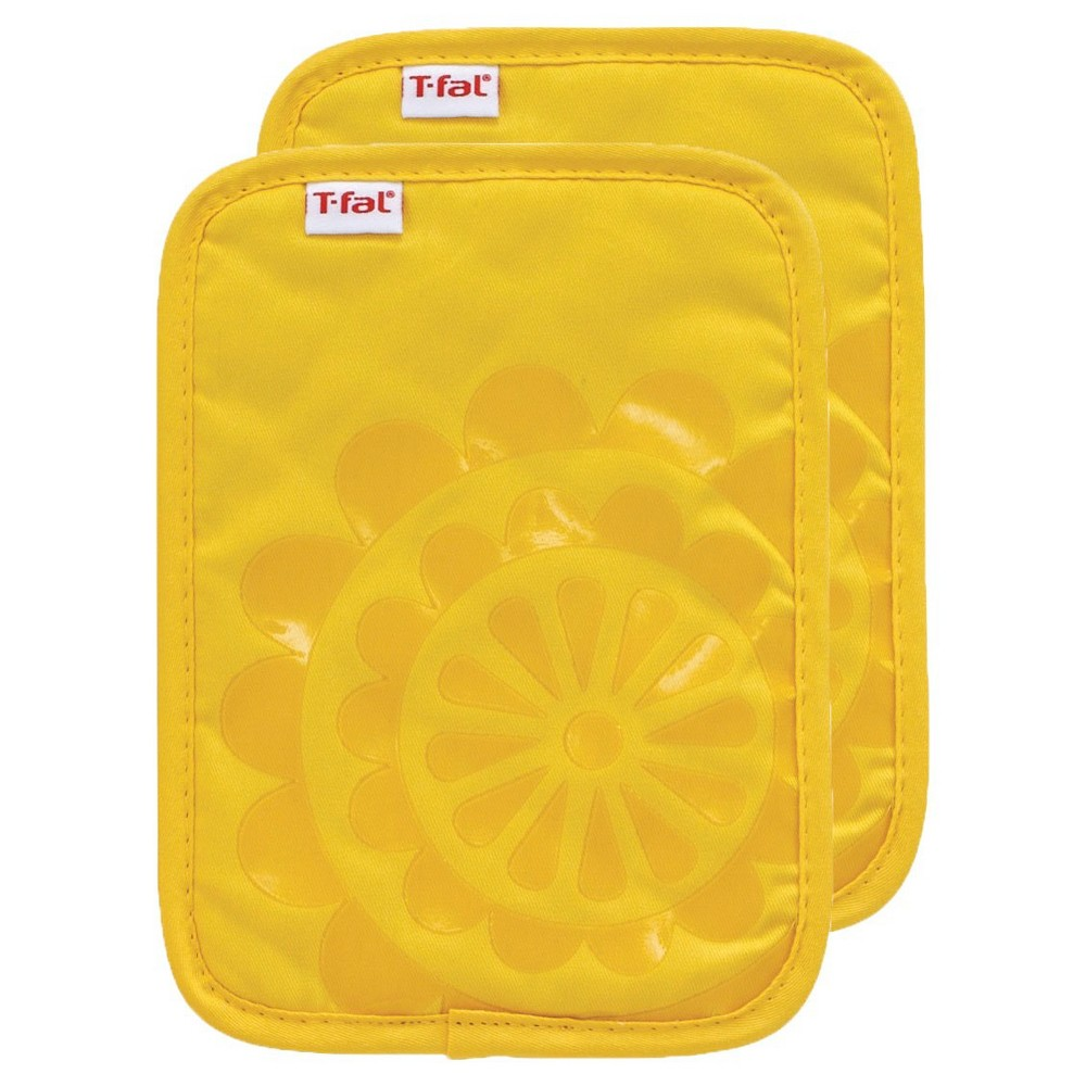 """Image of """"Yellow Medallion Silicone Pot Holder 2 Pack (6.75""""""""x9"""""""") T-Fal"""""""