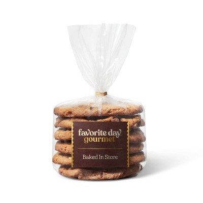 Peanut Butter Chocolate Chunk Cookies - 6ct - Favorite Day™