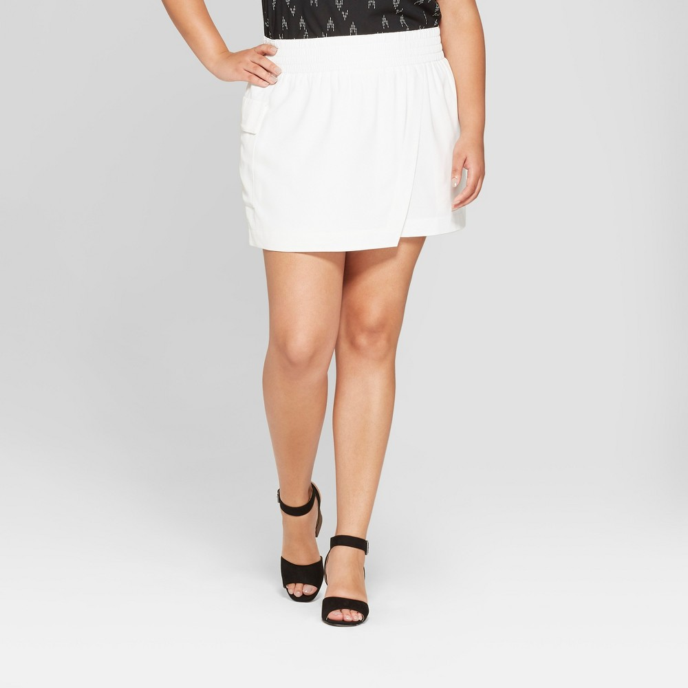 Women's Plus Size Asymmetrical Skort - Ava & Viv White X