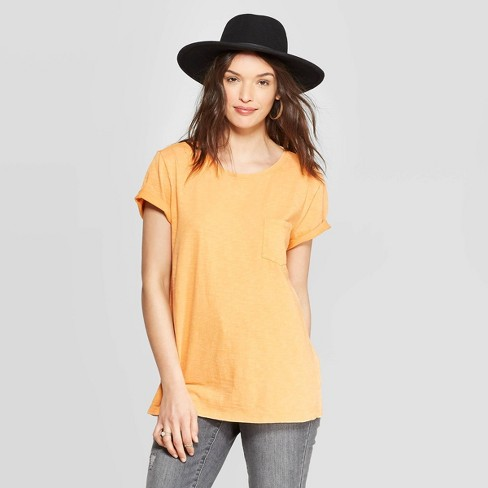 Women's Meriwether Crewneck Relaxed Fit Short Sleeve T-Shirt - Universal Thread™ - image 1 of 10
