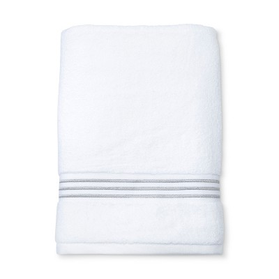 Spa Stripe Accent Bath Towel Cashmere Gray - Fieldcrest®