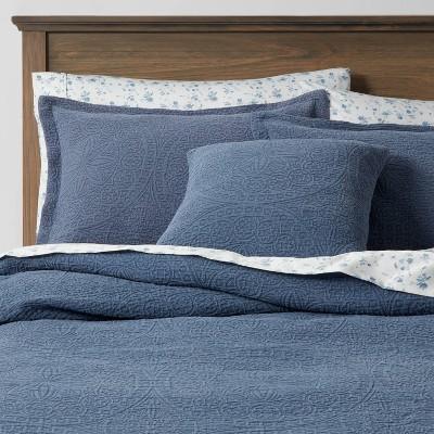 Queen Matelasse Medallion 8pc Comforter & Sheet Bundle Blue - Threshold™