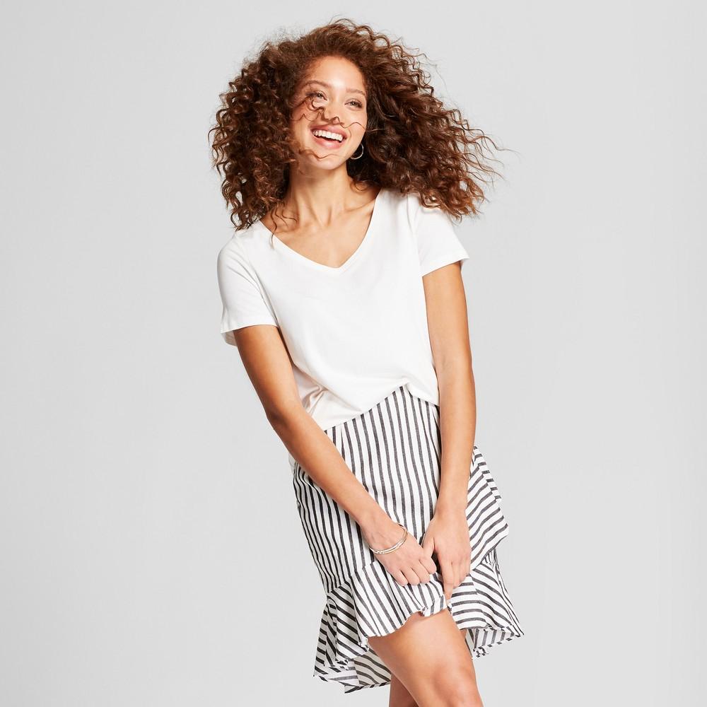 Women's Any Day V-Neck Short Sleeve T-Shirt - A New Day White XL