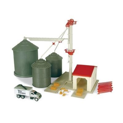 TOMY ERTL - 1:64 Farm Country Grain Feed Playset