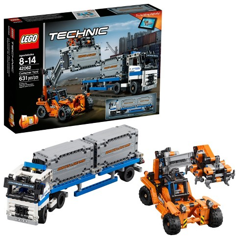 LEGO® Technic Container Yard 42062 - image 1 of 16