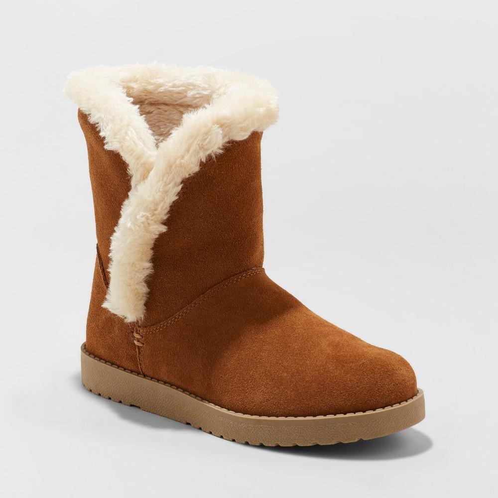 Women's Daniah Suede Winter Boots - Universal Thread Chestnut (Brown) 9