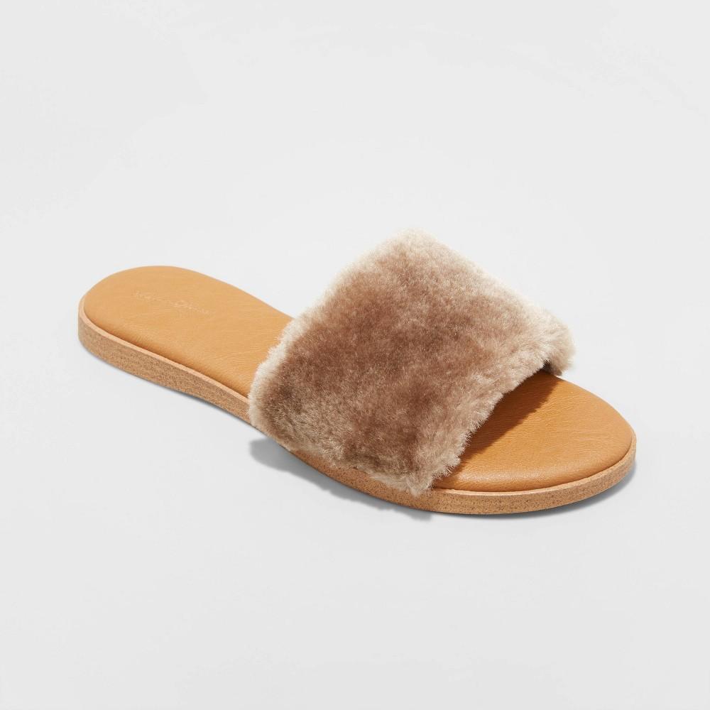Women 39 S Kara Faux Fur Slide Sandals Universal Thread 8482 Brown 6 5