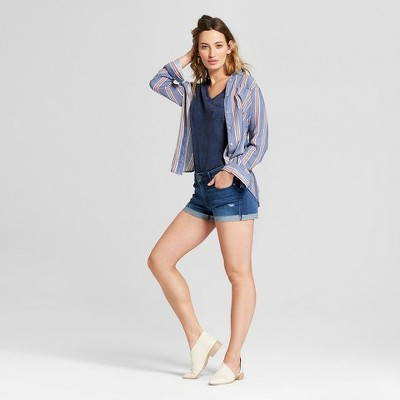 d237ea1621 Women's Monterey Pocket V-Neck Relaxed Fit Short Sleeve T-Shirt - Universal  Thread™