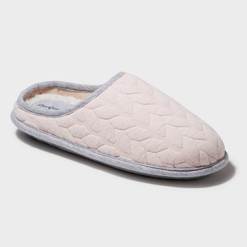 Women's Dearfoams Cable Quilted Clog Slide Slippers - image 1 of 4