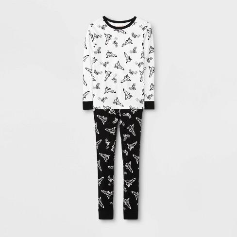 Boys' Pajama Set - Cat & Jack™ White - image 1 of 1