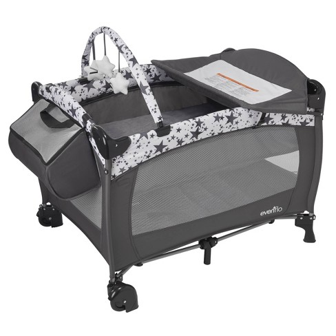 Evenflo Portable BabySuite Deluxe - image 1 of 4