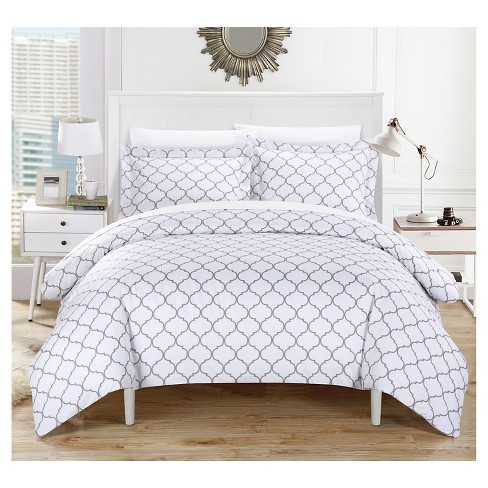 Finlay Geometric Diamond Printed Reversible Multi Piece Duvet Cover Set - Chic Home Design® - image 1 of 3