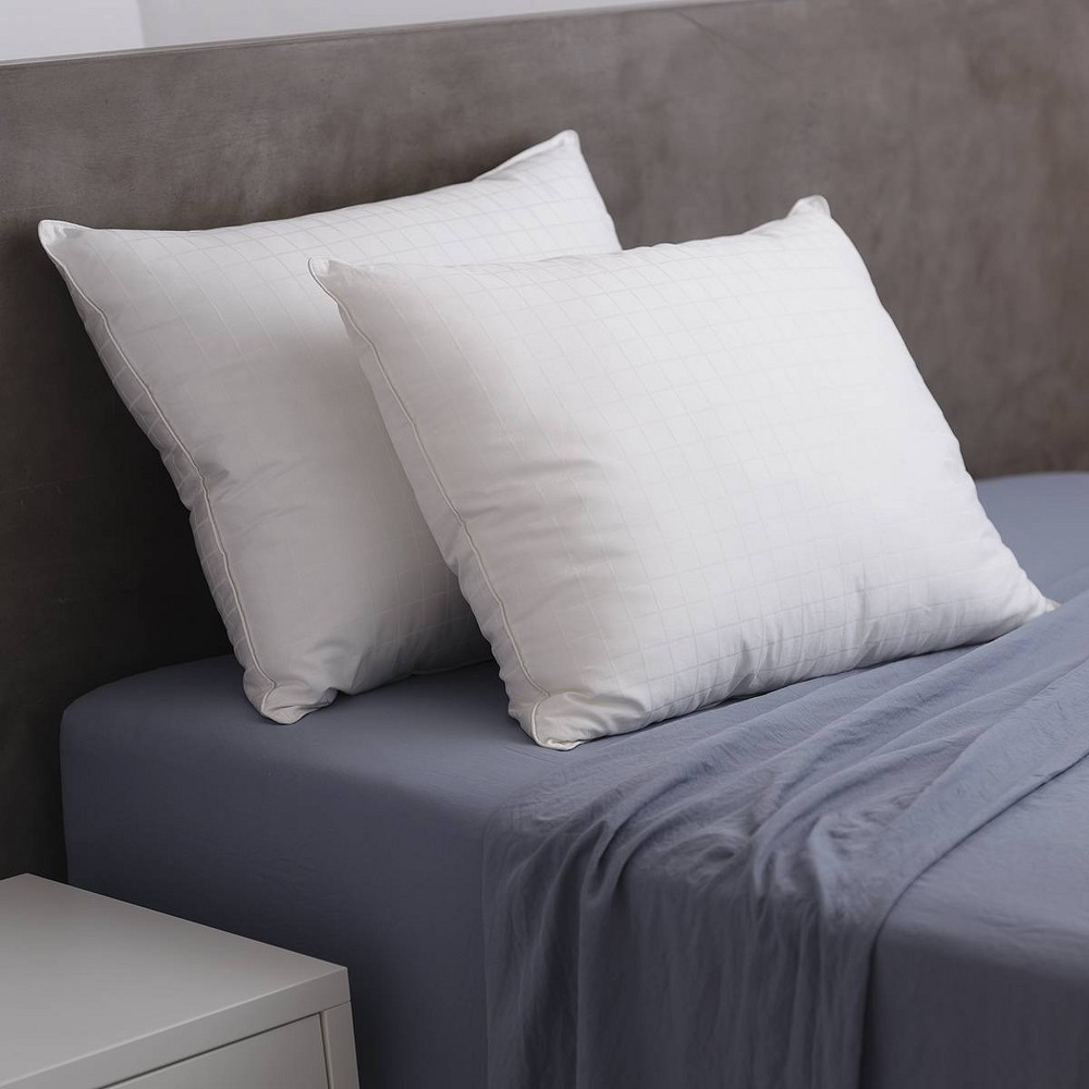 Queen 2pk 300 Thread Count Feather 38 Down Bed Pillow Candice Olson