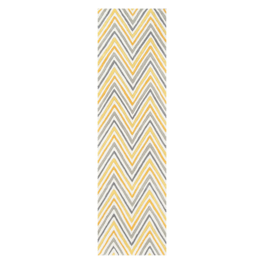 2'3X8' Stripe Tufted Runner Yellow - Momeni