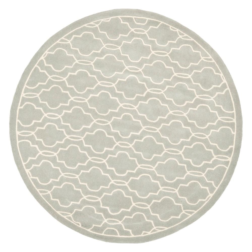 7' Quatrefoil Design Tufted Round Area Rug Gray/Ivory - Safavieh