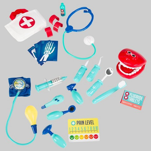 22pc Medical Dress Up Accessories - Toysmith - image 1 of 4