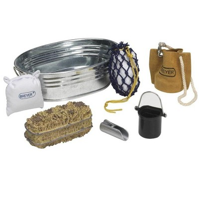 Breyer Animal Creations Breyer 1:9 Model Horse Accessory Set: Stable Feeding Kit