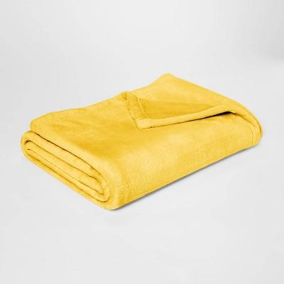 Plush Throw Blankets Yellow - Room Essentials™
