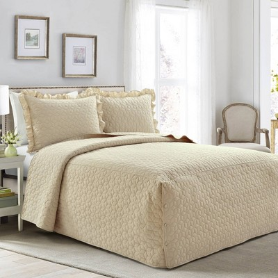 King 3pc French Country Geo Ruffle Skirt Bedspread Set Neutral - Lush Décor