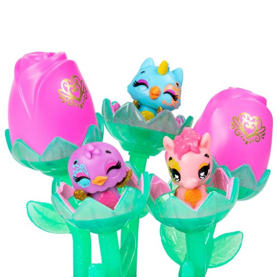 Hatchimals CollEGGtibles Spring Bouquet image number null