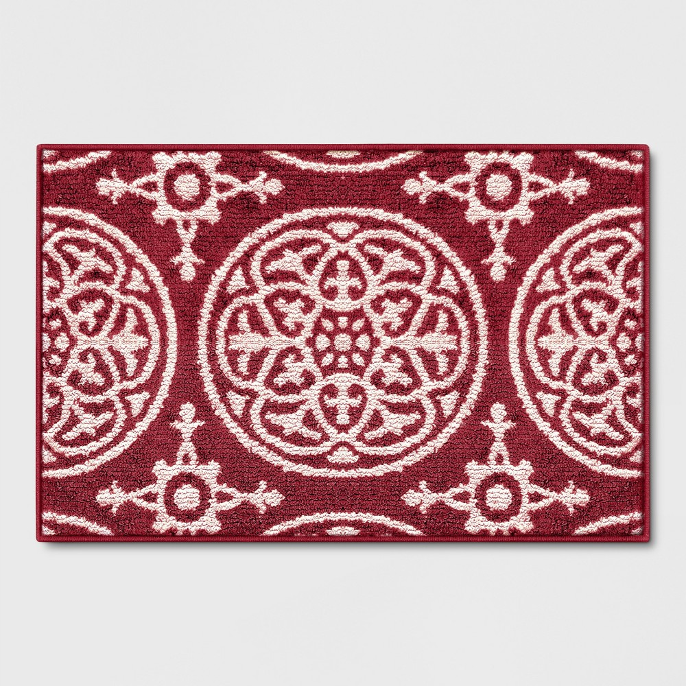 Medallion Washable Tufted And Hooked Accent Rug Red