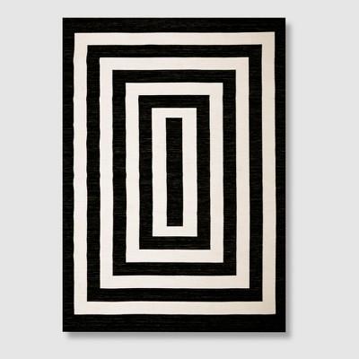 5' x 7' Mitre Stripe Outdoor Rug Black - Project 62™