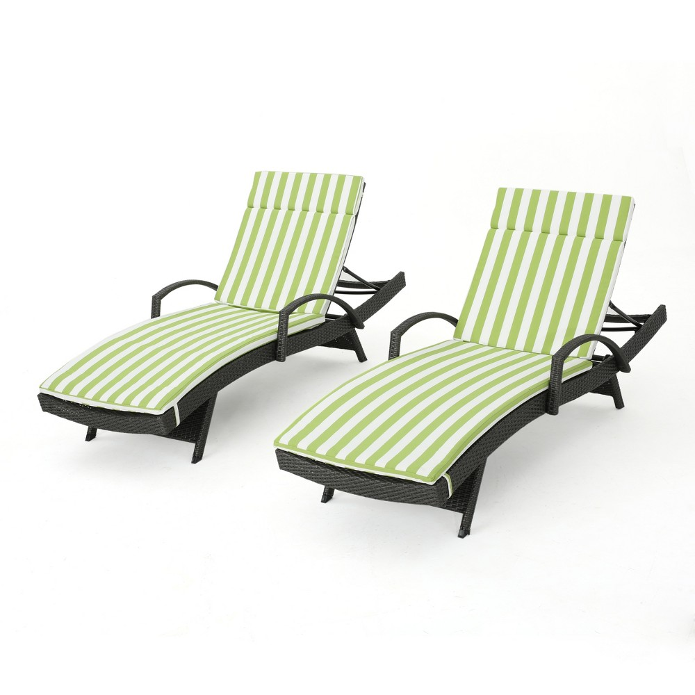 Salem Gray 2pk Wicker Adjustable Chaise Lounge with Arms - Green/White - Christopher Knight Home