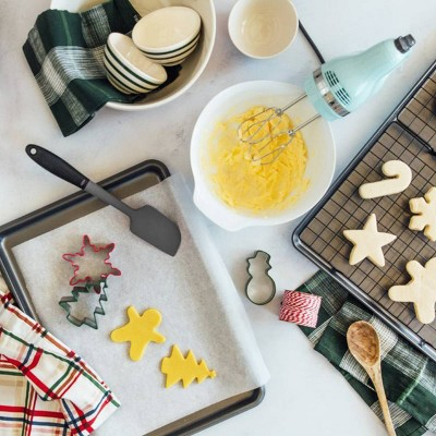 Holiday Baking Essentials Gift Collection