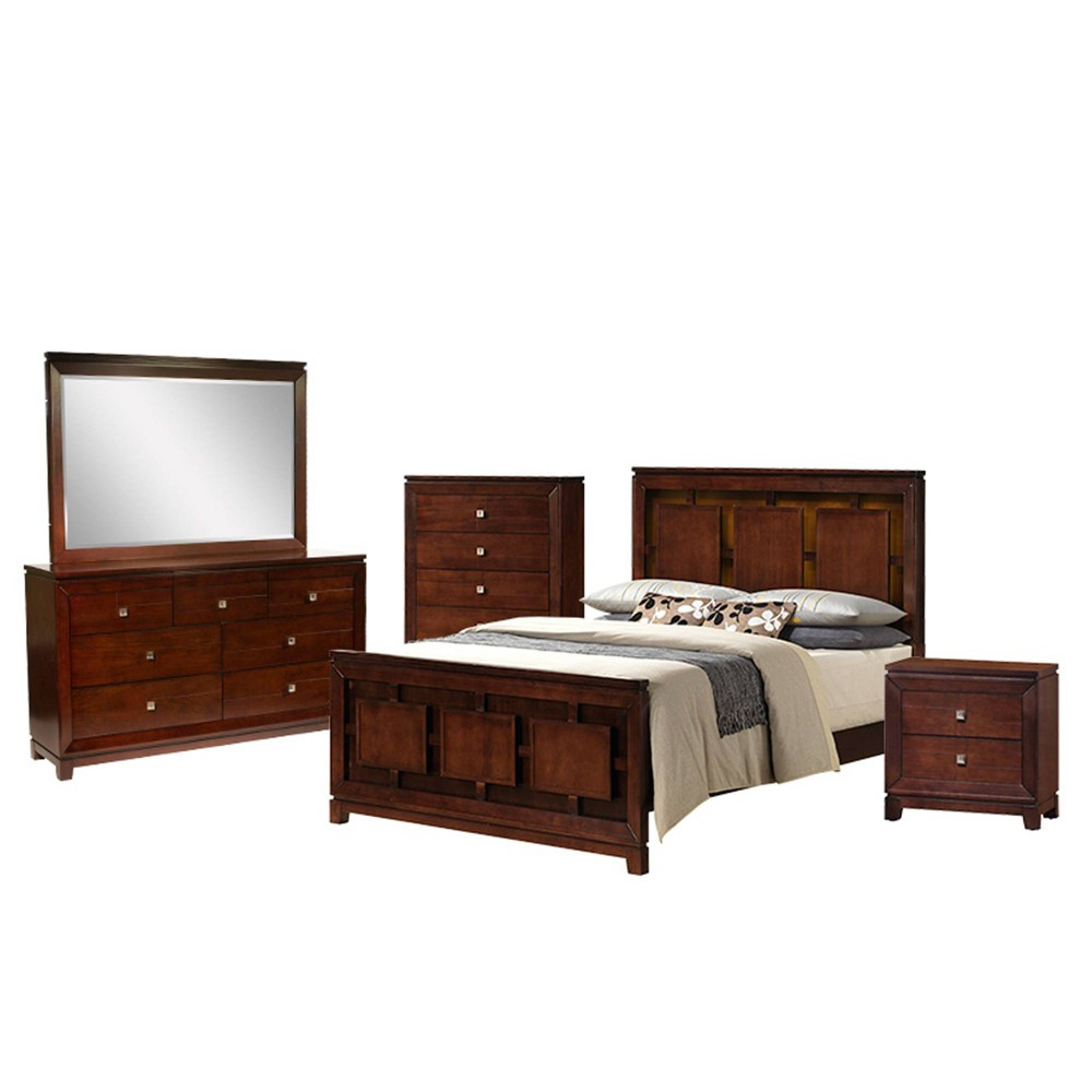 5pc Queen Easton Panel Bedroom Set Cherry - Picket House Furnishings, Red