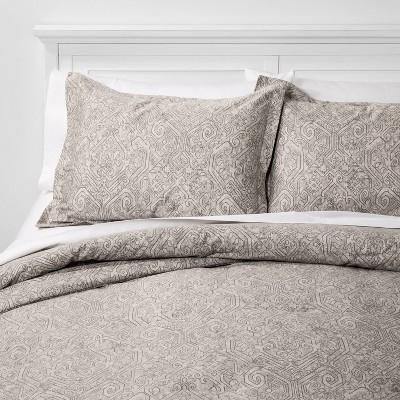 Full/Queen Family Friendly Medallion Comforter & Sham Set Gray - Threshold™