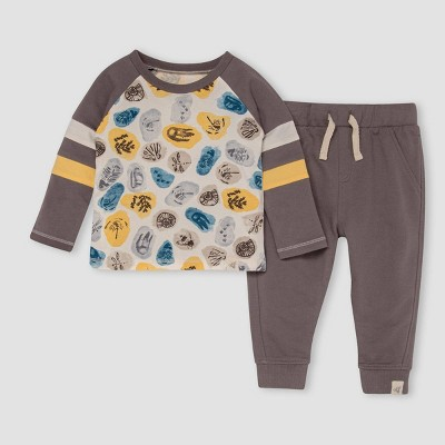 Burt's Bees Baby® Baby Boys' 'I Dig It' Raglan T-Shirt & French Terry Pants Set - Gray 12M