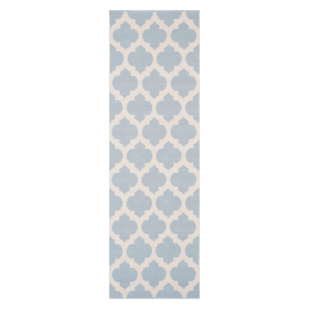 2'3X7' Quatrefoil Design Woven Runner Light Blue/Ivory - Safavieh