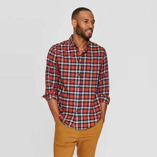 Men's Plaid Standard Fit Long Sleeve 1-Pocket Flannel Button-Down Shirt - Goodfellow & Co™ Red S