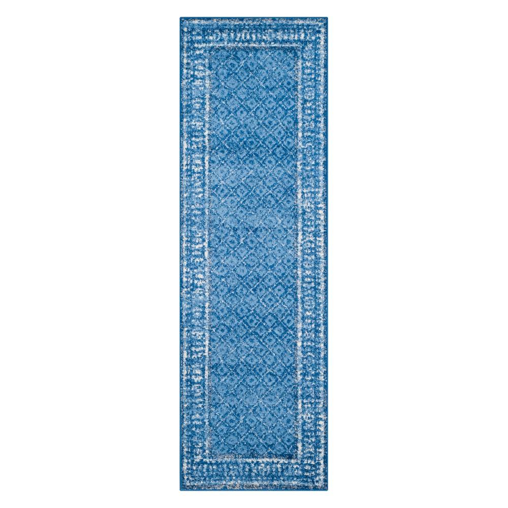 2'6X18' Diamond Runner Light Blue - Safavieh