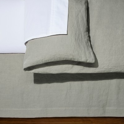 Cashmere Gray Linen Bed Skirt (King)- Fieldcrest®