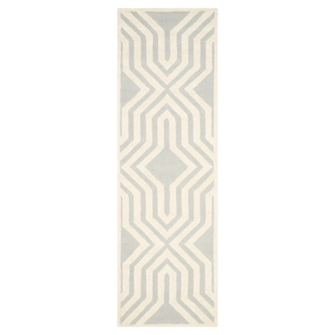 Wellington Rug - Safavieh® - image 1 of 3