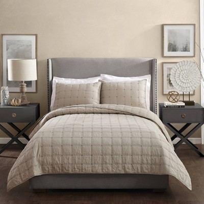 Ayesha Curry Hayden Full/Queen Quilt Taupe
