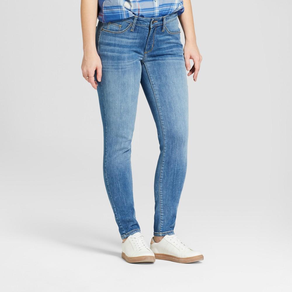 Women's Mid-Rise Curvy Skinny Jeans - Universal Thread Medium Wash 2 Long, Blue