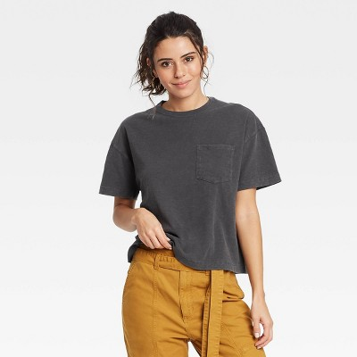 Women's Short Sleeve Boxy T-Shirt - Universal Thread™