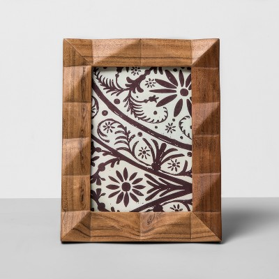 "5"" x 7"" Faceted Wood Single Image Frame Off White - Opalhouse™"