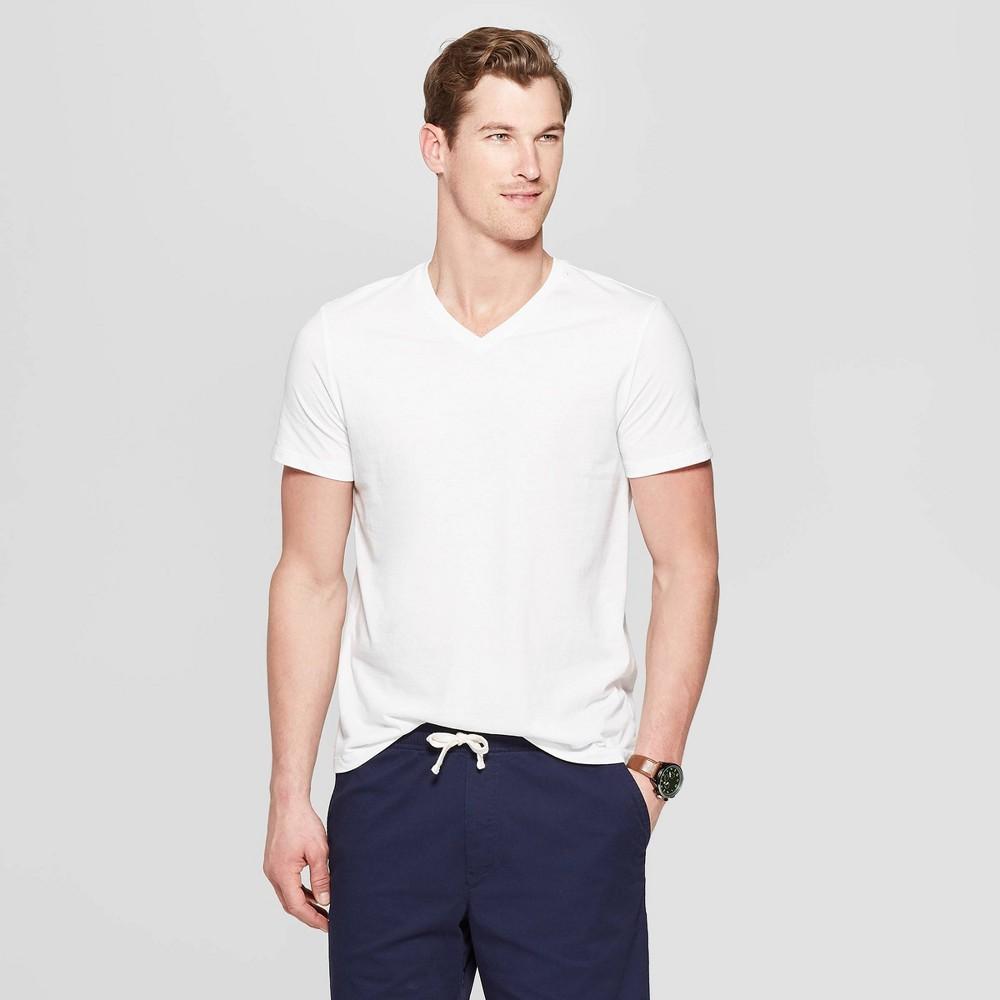 Mens Standard Fit Short Sleeve Lyndale V-Neck T-Shirt - Goodfellow & Co White M Reviews