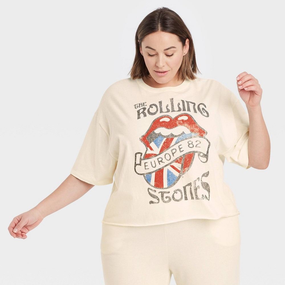 Women 39 S Rolling Stones Plus Size Europe 82 Short Sleeve Cropped Graphic T Shirt Beige 1x