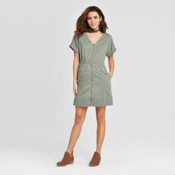 Women's Short Sleeve V-Neck Zip-Up Elastic Waist Dress - Universal Thread™