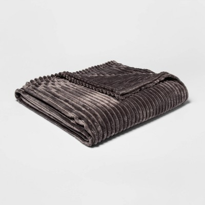 Full/Queen Ribbed Plush Bed Blanket Gray - Room Essentials™